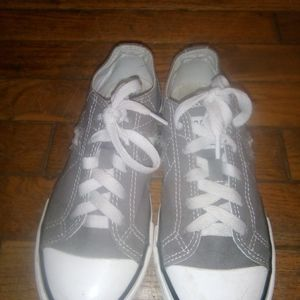 Converse Shoes - Converse runners